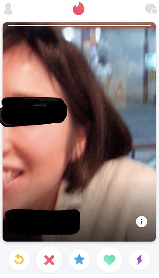 ランダム出現した女性プロフ画像