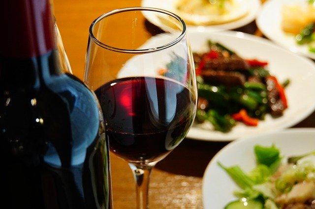 wine-4254078_640