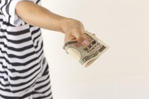 【法律コラム】女性にお金を払ってしまい後悔-被害男性の体験談